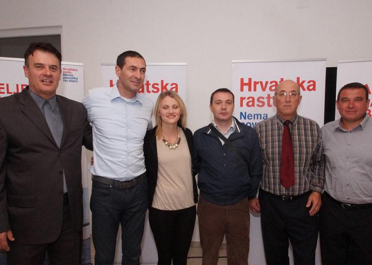 Predizborni skup koalicije Hrvatska raste u Veloj Luci