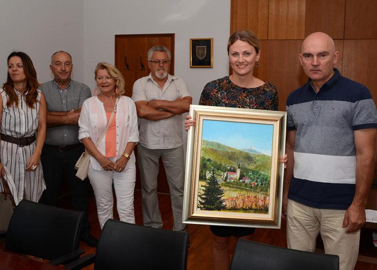 Predstavnici KUD Matija Gubec kod načelnice Vele Luke Katarine Bikić