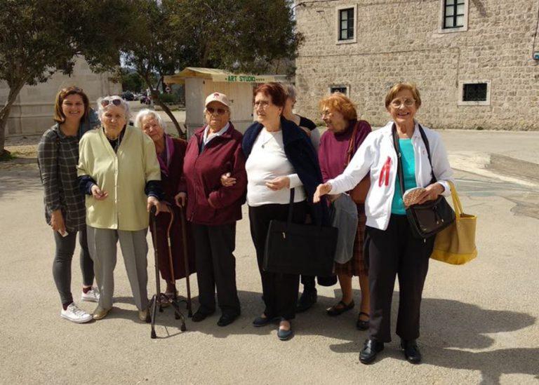 Gradsko društvo Crvenog križa Korčula: Izlet u Ston za korisnike staračkih domova na Korčuli