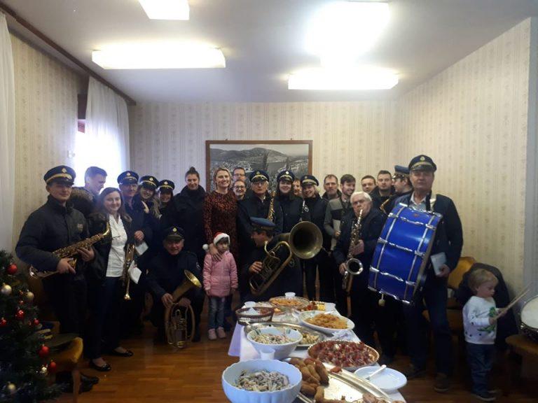 Održan svečani prijem Narodne glazbe Vela Luka