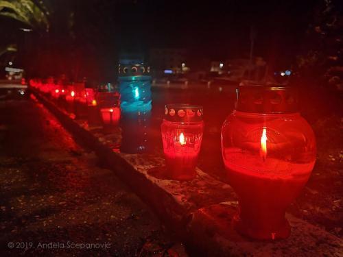 vela luka - paljenje svijeća za vukovar 5