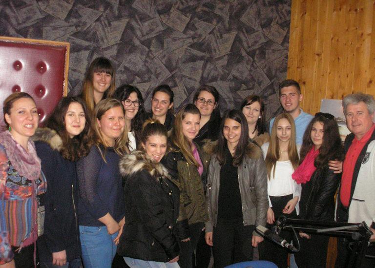Na radiu Val su gostovali predstavnici SŠ Vela Luka i  srednje ekonomsko-birotehničke škole iz Slavonskog Broda